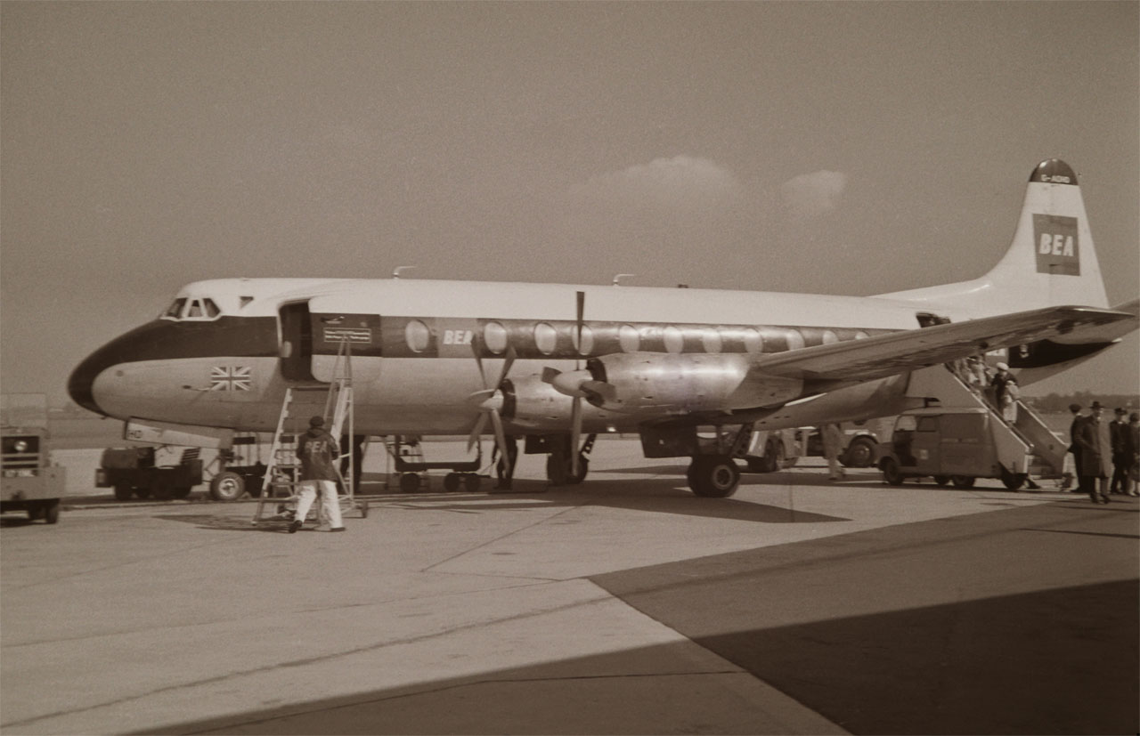 G-AOHO Vickers V.802 Viscount
